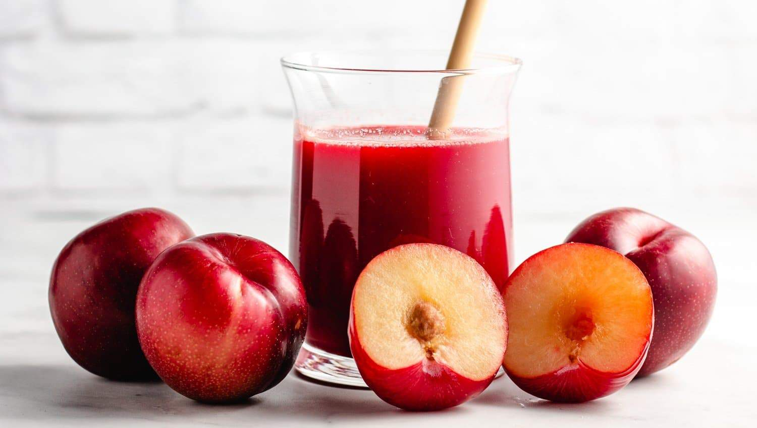 Healthy Plum Juice Recipe (Two Ways) - Living Fresh Daily